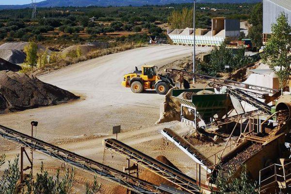 camiones hormigones Castellón Áridos Mateu
